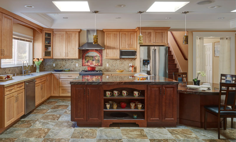 Warm Amp Traditional Cupertino Kitchen