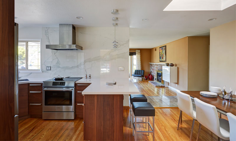 Contemporary Campbell Kitchen