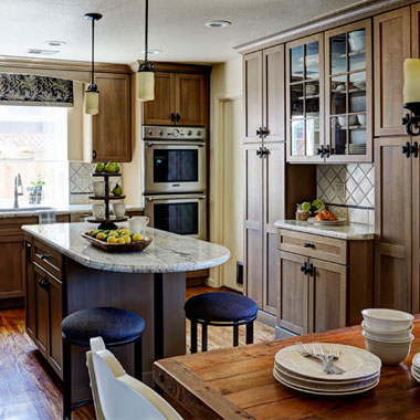 Quaint Quarter Sawn Kitchen